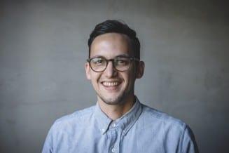 Portrait von Alex Kholti