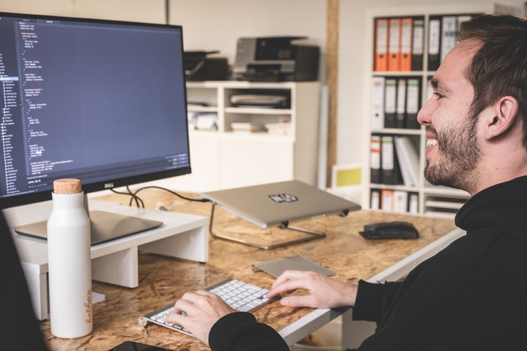 hatchery Office Impression 3